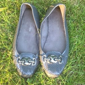 A2 by Aerosoles gunmetal gray casual flats